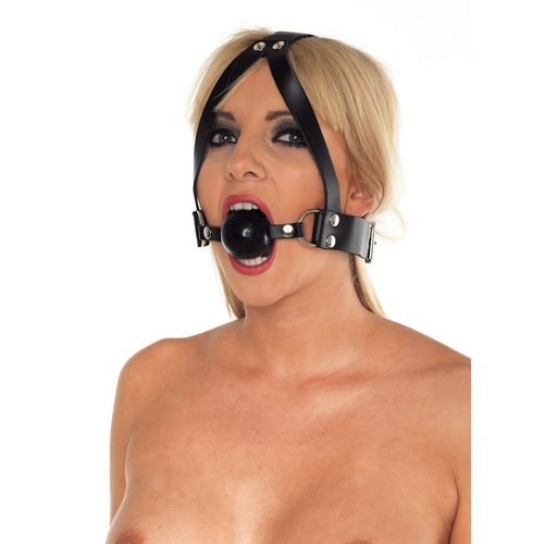 LeatherBallGagAndHeadHarness0.jpg